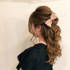 大人かわいい ねじり 編み込み 抜け感 ヘアスタイルや髪型の写真・画像