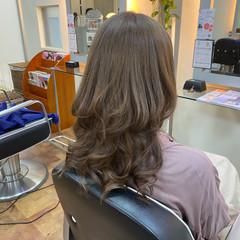 ピンクアッシュ ロング ガーリー ブリーチカラー ヘアスタイルや髪型の写真・画像