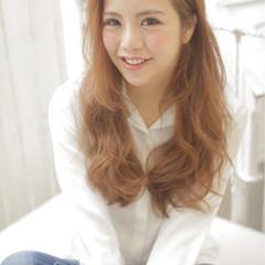 外国人風 ヘアアレンジ ガーリー ゆるふわ ヘアスタイルや髪型の写真・画像