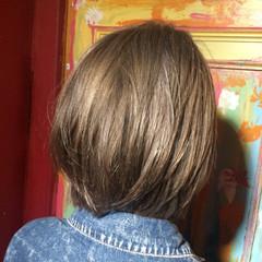 ショート 外国人風 ミルクティーベージュ ミルクティー ヘアスタイルや髪型の写真・画像
