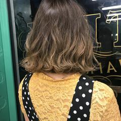 イルミナカラー ハイライト ボブ モード ヘアスタイルや髪型の写真・画像