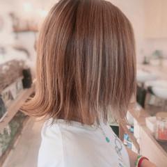 ストリート 外国人風カラー 切りっぱなしボブ 外ハネボブ ヘアスタイルや髪型の写真・画像