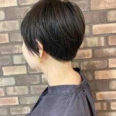 ショート 刈り上げ女子 透明感 ナチュラル ヘアスタイルや髪型の写真・画像