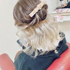 ストリート セミロング インナーカラー ホワイトシルバー ヘアスタイルや髪型の写真・画像