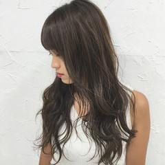 ハイライト 暗髪 前髪あり ストリート ヘアスタイルや髪型の写真・画像