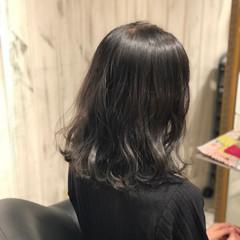 イルミナカラー 艶髪 ブルージュ ストリート ヘアスタイルや髪型の写真・画像