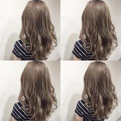 セミロング ゆるふわ ハイライト フェミニン ヘアスタイルや髪型の写真・画像