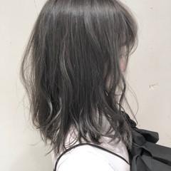 外国人風カラー グラデーションカラー ミディアム ナチュラル ヘアスタイルや髪型の写真・画像
