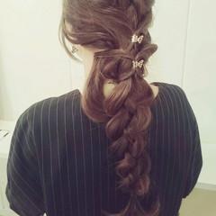 四つ編み 大人かわいい 編み込み フェミニン ヘアスタイルや髪型の写真・画像