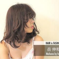 ゆるふわ 伸ばしかけ 大人かわいい フェミニン ヘアスタイルや髪型の写真・画像