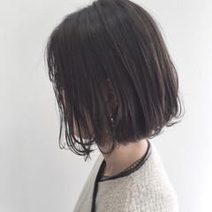 ナチュラル グレー ボブ 暗髪 ヘアスタイルや髪型の写真・画像