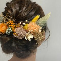 ヘアアレンジ 結婚式ヘアアレンジ ミディアム ドライフラワー ヘアスタイルや髪型の写真・画像