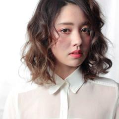 外国人風 ストリート アッシュ 大人かわいい ヘアスタイルや髪型の写真・画像