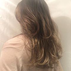 バレイヤージュ 外国人風カラー ロング グラデーションカラー ヘアスタイルや髪型の写真・画像