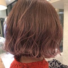 ボブ ラベンダー 波ウェーブ ラベンダーピンク ヘアスタイルや髪型の写真・画像