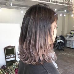 ミディアム ストリート ハイライト ヘアスタイルや髪型の写真・画像