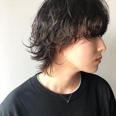 ウルフパーマ マッシュウルフ ウルフカット 黒髪 ヘアスタイルや髪型の写真・画像