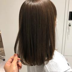 美髪矯正 オリーブベージュ オリーブグレージュ ナチュラル ヘアスタイルや髪型の写真・画像
