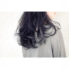 ロング 似合わせ ストリート ネイビー ヘアスタイルや髪型の写真・画像