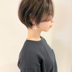 ミニボブ ショート ショートヘア ナチュラル ヘアスタイルや髪型の写真・画像
