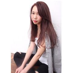 ベージュ ロング イルミナカラー モード ヘアスタイルや髪型の写真・画像
