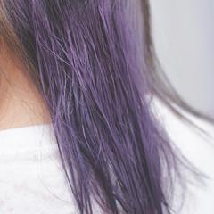 ガーリー デート 外ハネ イルミナカラー ヘアスタイルや髪型の写真・画像