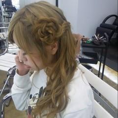 ウォーターフォール 編み込み ロング フェミニン ヘアスタイルや髪型の写真・画像