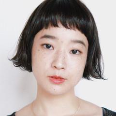 切りっぱなし 前髪あり 暗髪 黒髪 ヘアスタイルや髪型の写真・画像