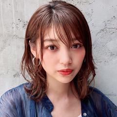 ナチュラル デジタルパーマ アンニュイほつれヘア デート ヘアスタイルや髪型の写真・画像