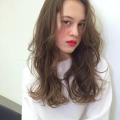 外国人風 グラデーションカラー ウェットヘア 外国人風カラー ヘアスタイルや髪型の写真・画像