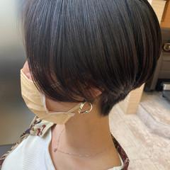 ベリーショート 黒髪ショート モード ショートレイヤー ヘアスタイルや髪型の写真・画像