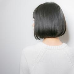 暗髪 ボブ 大人かわいい 前髪あり ヘアスタイルや髪型の写真・画像
