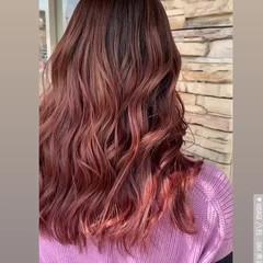 バレイヤージュ ガーリー ピンクベージュ ロング ヘアスタイルや髪型の写真・画像