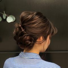 フェミニン セミロング ショート ワイドバング ヘアスタイルや髪型の写真・画像