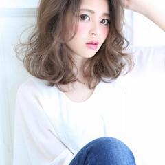 外国人風 大人かわいい ミディアム アッシュ ヘアスタイルや髪型の写真・画像