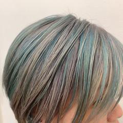 ショート デザインカラー ハイトーンカラー ブリーチカラー ヘアスタイルや髪型の写真・画像