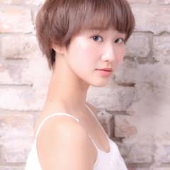 ショート ピュア 外国人風 アッシュ ヘアスタイルや髪型の写真・画像