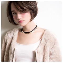 小顔 大人女子 色気 ショート ヘアスタイルや髪型の写真・画像