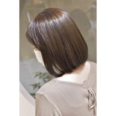 ナチュラル グレージュ ミルクティーグレージュ ヌーディベージュ ヘアスタイルや髪型の写真・画像