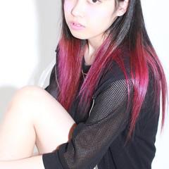 外国人風 ロング ストリート 黒髪 ヘアスタイルや髪型の写真・画像