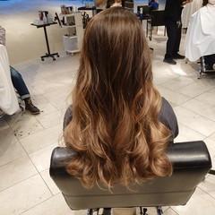 外国人風カラー ベージュ ロング フェミニン ヘアスタイルや髪型の写真・画像