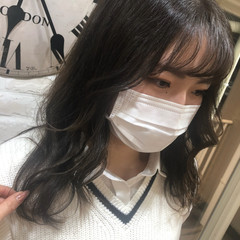 小顔 フェミニン 韓国風ヘアー ロング ヘアスタイルや髪型の写真・画像