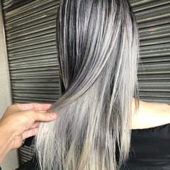 外国人風カラー ストリート ハイライト グレー ヘアスタイルや髪型の写真・画像
