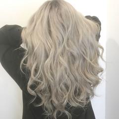 上品 ロング エレガント ホワイト ヘアスタイルや髪型の写真・画像
