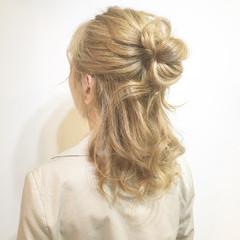 インナーカラー セミロング ナチュラル ヘアアレンジ ヘアスタイルや髪型の写真・画像