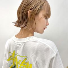 グレージュ ミニボブ ナチュラル 切りっぱなしボブ ヘアスタイルや髪型の写真・画像