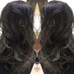 グラデーションカラー ハイライト モード アッシュ ヘアスタイルや髪型の写真・画像