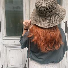 オレンジベージュ セミロング オレンジカラー 韓国ヘア ヘアスタイルや髪型の写真・画像