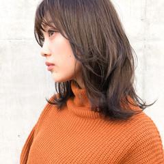アンニュイほつれヘア モテ髮シルエット ミディアムレイヤー ミディアム ヘアスタイルや髪型の写真・画像