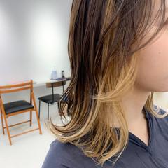 アンニュイ インナーカラー 簡単スタイリング 大人かわいい ヘアスタイルや髪型の写真・画像